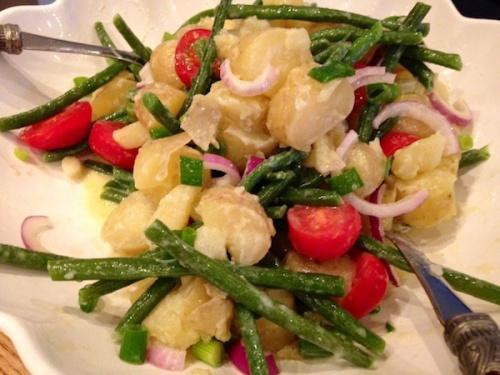 Kartoffelsalat mit Bohnen